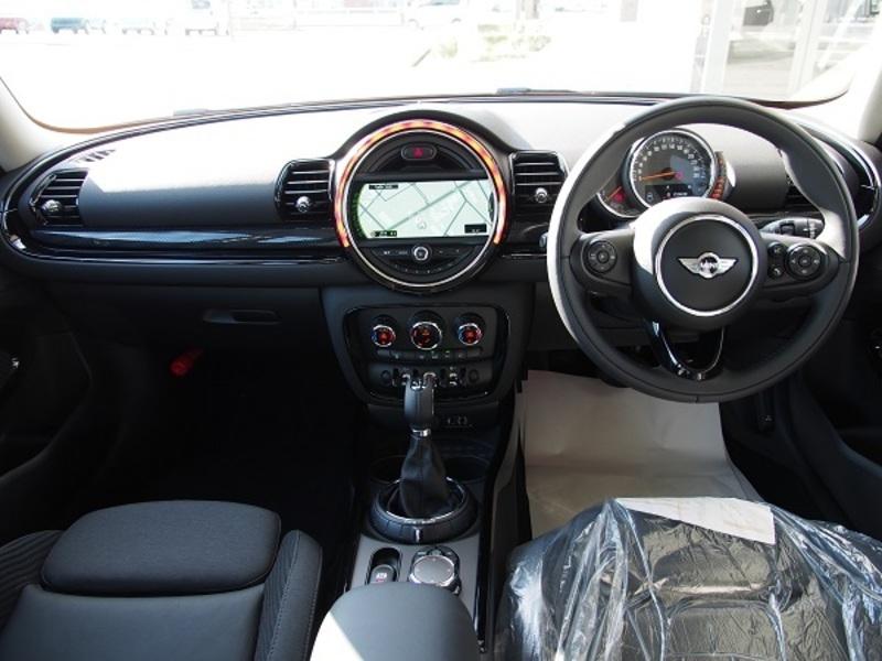 BMW MINI クラブマン4