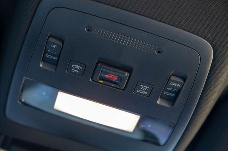 トヨタ 新型クラウン8
