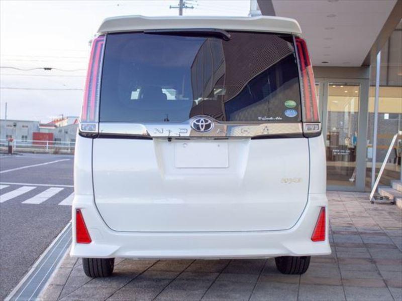 トヨタ ノア3