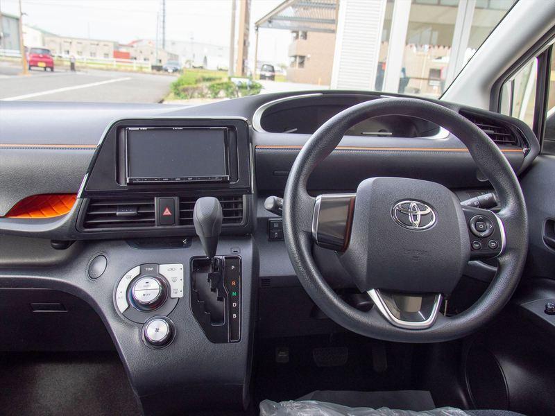 トヨタ シエンタ3