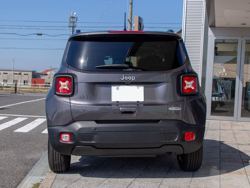 Jeep Renegade3