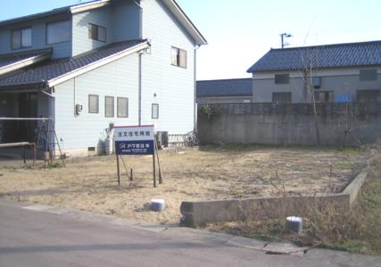 かほく市木津ロ89番14