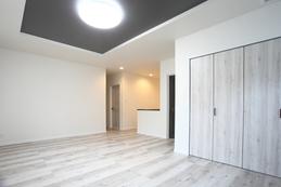 second Living(2階リビング) 広々としたセカンドリビング。使い方は多種多様。 変化する生活スタイルに合わせて楽しめる空間です。