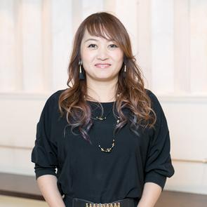 スタイリスト 臼田 恵美
