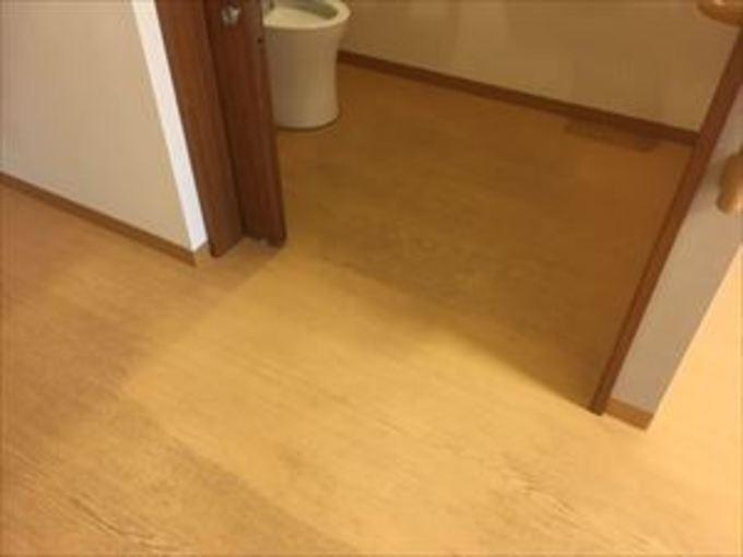 大阪府豊中市でハウスクリーニング フローリングワックス剥離作業~ 作業前