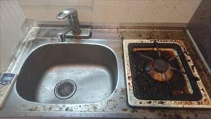 ワンルームマンションのミニキッチン掃除【京田辺市】 作業前