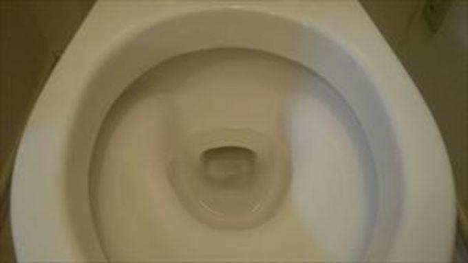 大阪府高槻市 トイレの尿石クリーニング 作業後