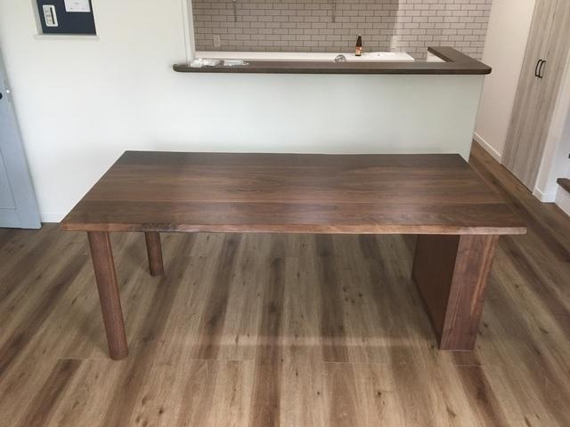 神戸市 K様邸 ウォールナット材ダイニングテーブル