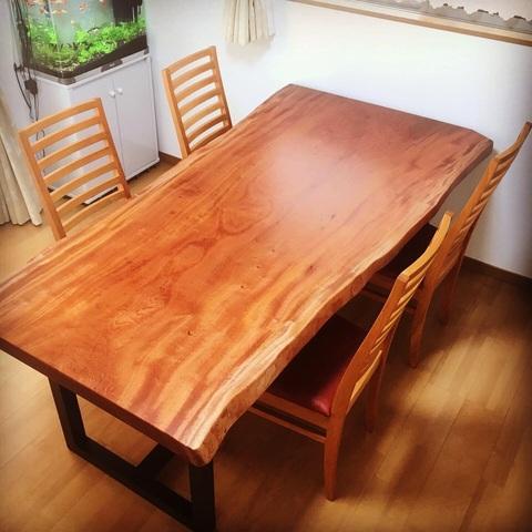 奈良市K様邸 マホガニー一枚板テーブル(販売店:イオンタウン富雄南店)