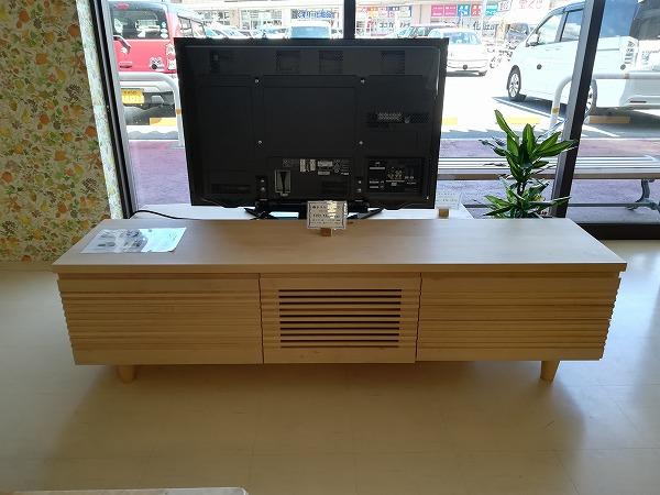 奈良無垢材家具 格子テレビボード