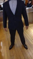 昨日、50代男性の会員様にスーツのコーディネートさせていただきました。(^^♪
