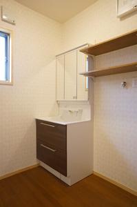 空気断熱+外断熱のW断熱で森林浴のできる平屋7