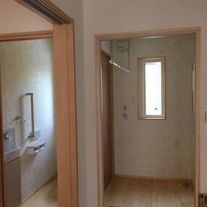 空気断熱+トリプルガラス樹脂窓の  『最強断熱』の家11