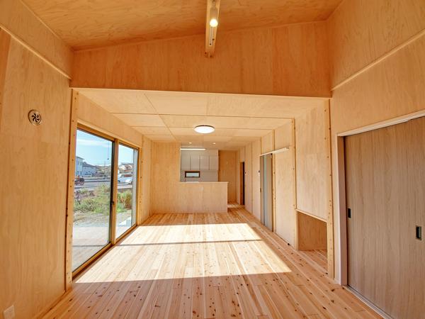 料亭のような玄関アプローチの家5