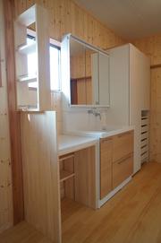 整理整頓が楽しくなる収納たっぷり洗面所3