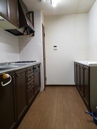 機能的で清潔感あふれるキッチンへ施工前