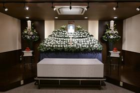 家族葬セットプラン 祭壇グレードアップ4万円 供花(親族一同)一対21,600円