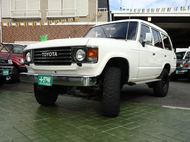 S62 ランドクルーザー60 白