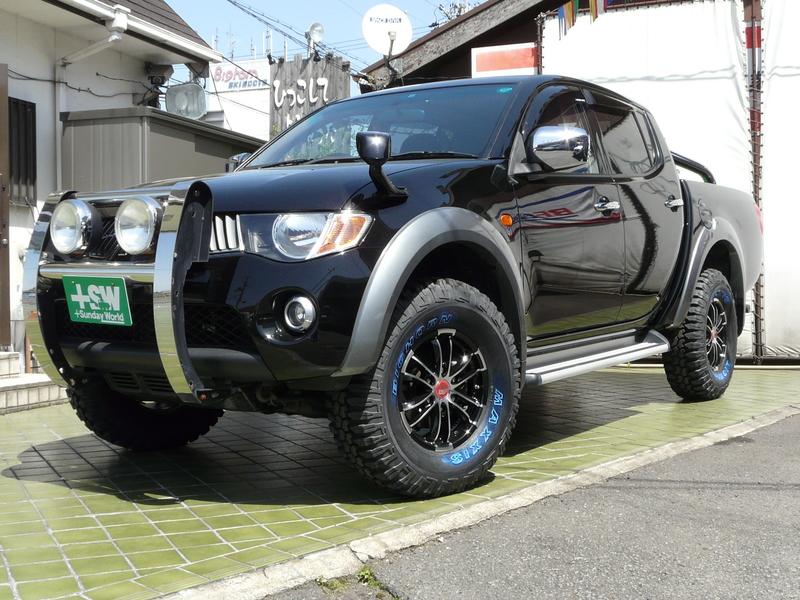 H19 トライトン 黒