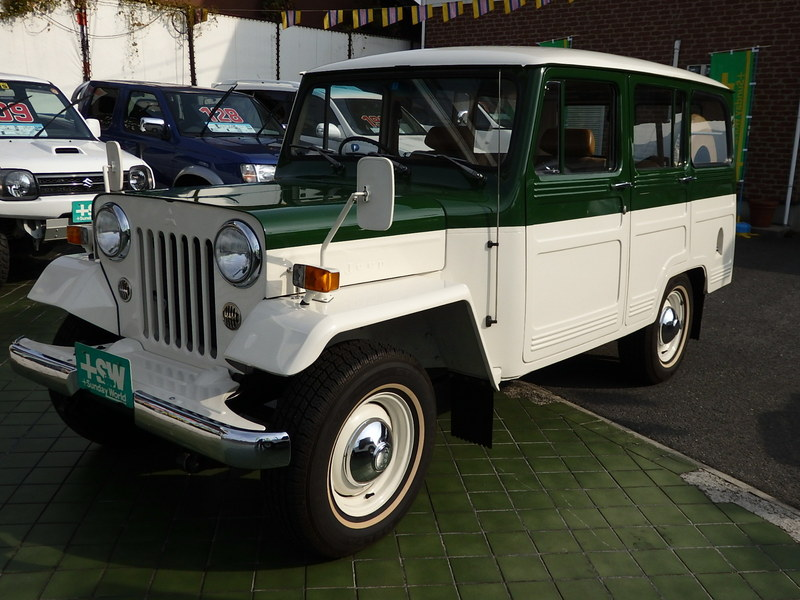 S57 Jeep J-37 緑/白