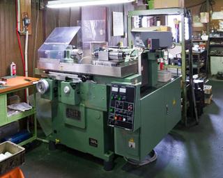 Ultra-precision inner grinding machine