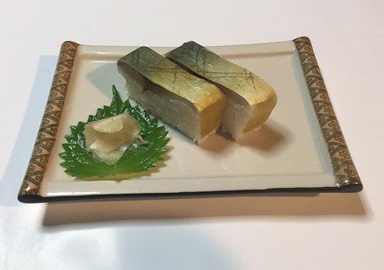 旬のサバを使用したサバ寿司2